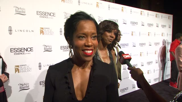 regina king what brought her to the event why important to honor black women her show southland fave artist at 3rd annual essence black women in... - regina king stock videos and b-roll footage