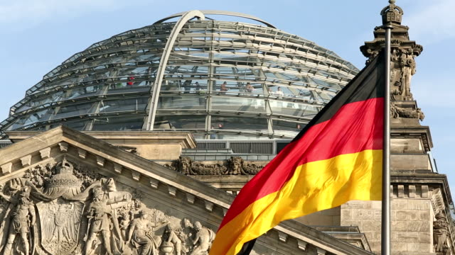 reichstag in berlin - cupola video stock e b–roll