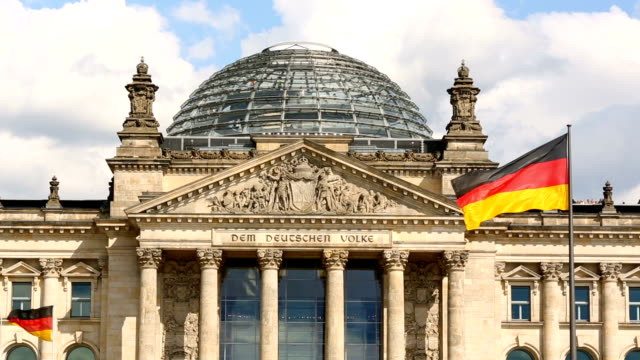 ベルリンで、ライヒスターク(ドイツ連邦議会議事堂) - parliament building点の映像素材/bロール