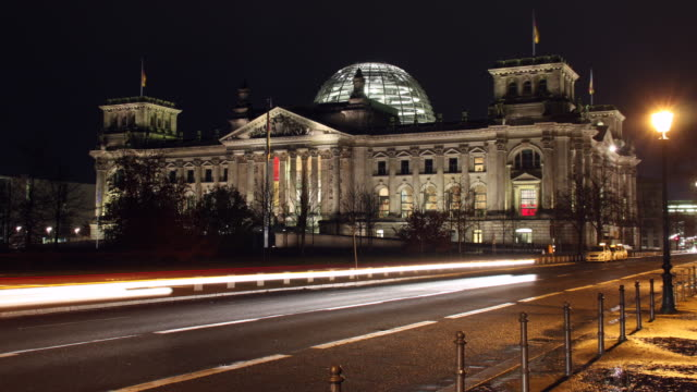 Reichstag time lapse video UHDV 4K