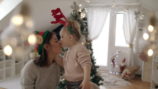 Reindeer kissing an Elf 4K