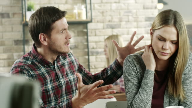 stockvideo's en b-roll-footage met relatie problemen - echtscheiding