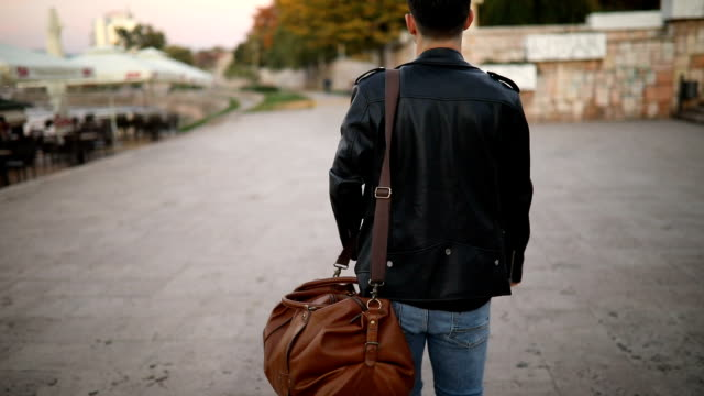 relaxation walk in the city - bag stock videos & royalty-free footage