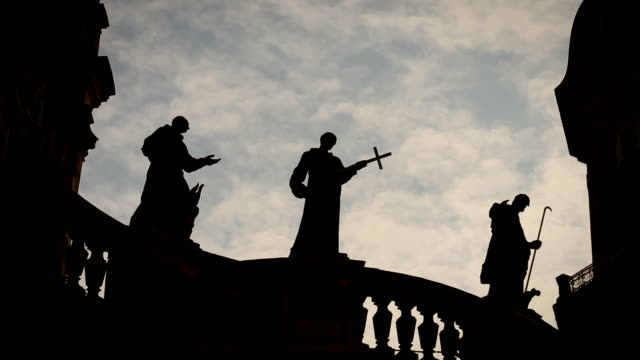 religion / priest statues on a church - moving clouds - martin luther religious leader stock videos & royalty-free footage