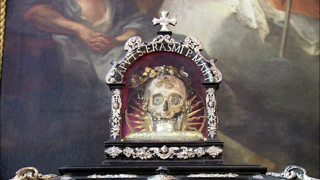 cu reliquary with gem-studded skull in st. peter's church, munich, bavaria, germany - gem stock videos and b-roll footage