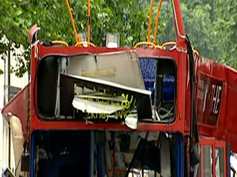 remains of the no 30 bus in tavistock square 1 of 4 explosions in the london bombings 7th july 2005 - number 7 stock videos & royalty-free footage
