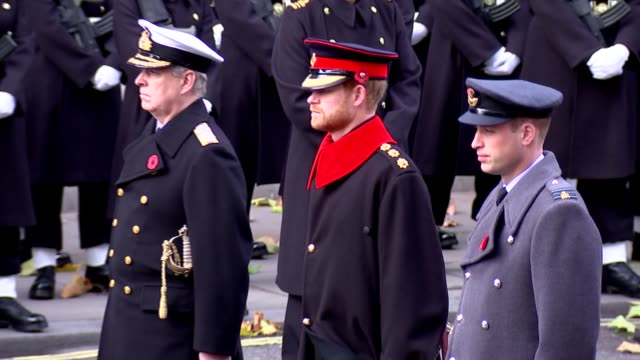 prince charles lays wreath at cenotaph; theresa may, jeremy corbyn and other polticians laying wreaths / princess alexandra, catherine, duchess of... - remembrance sunday stock videos & royalty-free footage