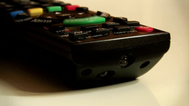 telecomando controllo - remote control video stock e b–roll