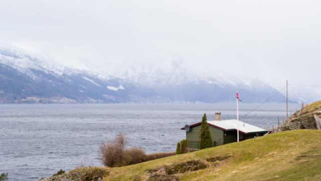 stockvideo's en b-roll-footage met externe huis door de fjord, noorwegen - afgelegen