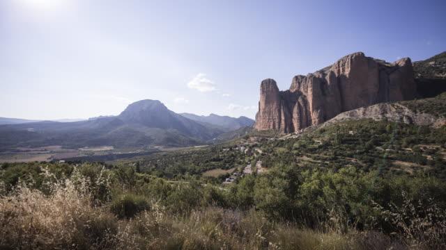 a remote village down the huge rocks 2 - pueblo bonito stock videos & royalty-free footage