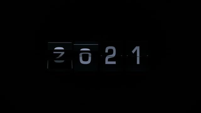 3d rendering flip board year animation video 2021-2022 - digital clock stock videos and b-roll footage