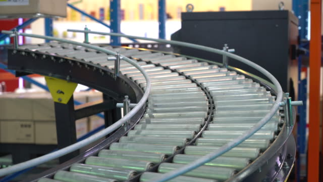 rendering of Cardboard boxes on a conveyor belt