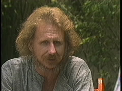 rene auberjonois speaks about the few opportunities actors have to be activists within their work. - マナグア点の映像素材/bロール