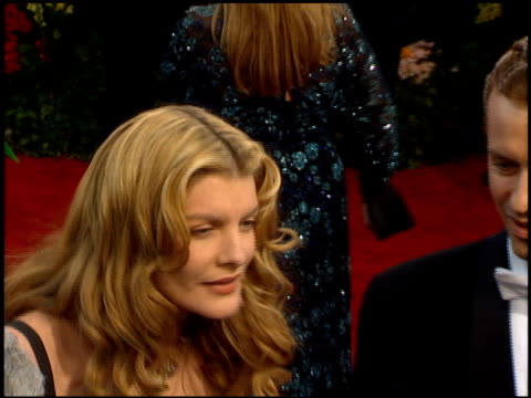 rene russo at the 1995 academy awards arrivals at the shrine auditorium in los angeles california on march 27 1995 - 67th annual academy awards stock videos & royalty-free footage