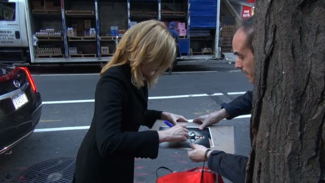 rene russo at the today show, signs and poses for photos with fans in celebrity sightings in new york, - レネ・ルッソ点の映像素材/bロール