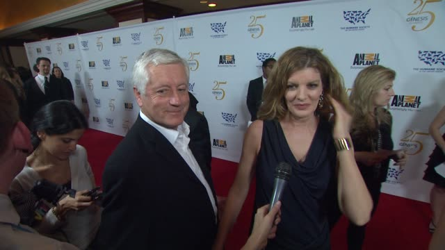rene russo on the event,pet preps for a natural disaster, 25 years of progress at the the 25th anniversary genesis awards presented by the humane... - レネ・ルッソ点の映像素材/bロール