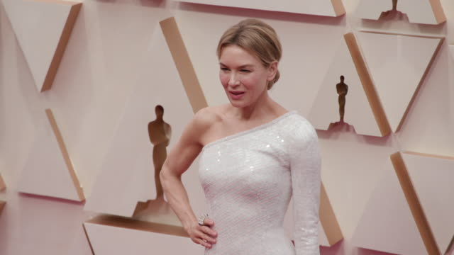 renée zellweger at the 92nd annual academy awards arrivals on february 09 2020 in hollywood california - renée zellweger stock videos & royalty-free footage