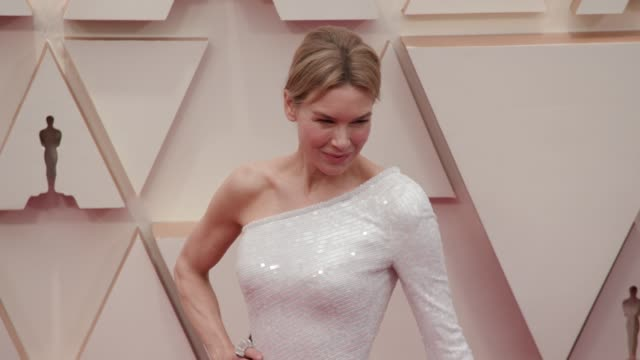 renée zellweger at the 92nd annual academy awards at the dolby theatre on february 09, 2020 in hollywood, california. - academy awards stock videos & royalty-free footage