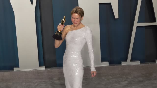 renée zellweger at vanity fair oscar party at wallis annenberg center for the performing arts on february 09 2020 in beverly hills california - renee zellweger stock videos & royalty-free footage