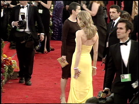 Renee Zellweger at the 2001 Academy Awards at the Shrine Auditorium in Los Angeles California on March 25 2001