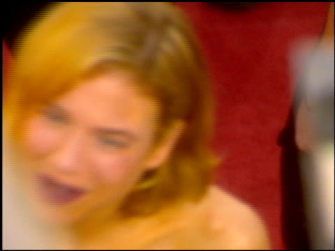 renee zellweger at the 2001 academy awards at the shrine auditorium in los angeles california on march 25 2001 - renee zellweger stock videos & royalty-free footage