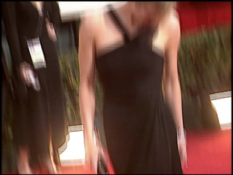 vidéos et rushes de renee zellweger at the 2006 golden globe awards at the beverly hilton in beverly hills, california on january 16, 2006. - golden globe awards