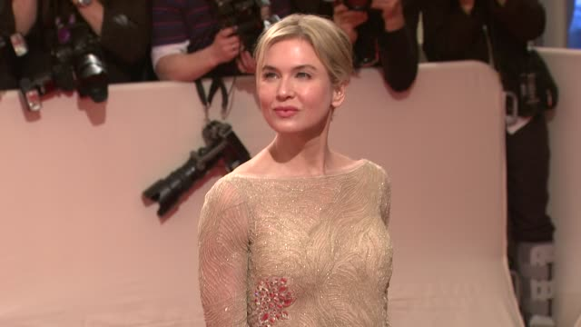 renee zellweger at the 'alexander mcqueen savage beauty' costume institute gala at the metropolitan museum of art at new york ny - renée zellweger stock videos and b-roll footage