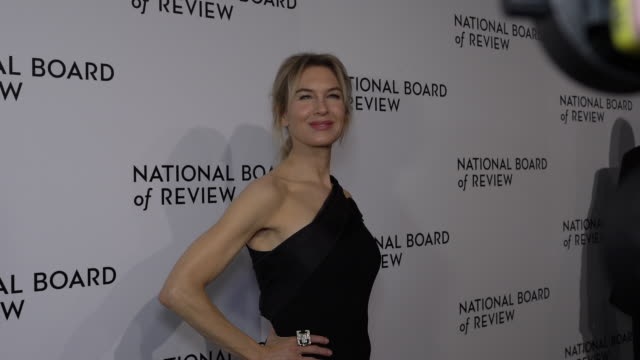 renee zellweger on how it feels to receive this award from nbr, on her previous experience with receiving an award from nbr at the national board of... - renée zellweger stock videos & royalty-free footage