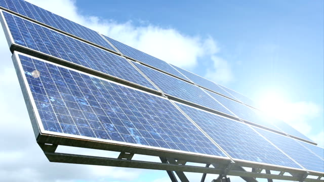 vidéos et rushes de énergie renouvelable-panneau solaire, le temps qui passe - synthpop