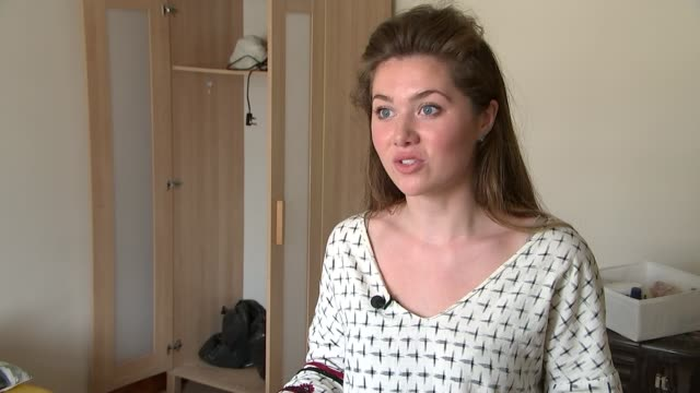 increase in disputes between tenants and landlords; olivia hughes interview sot furniture and bags of possessions in corridor - tenant stock videos & royalty-free footage