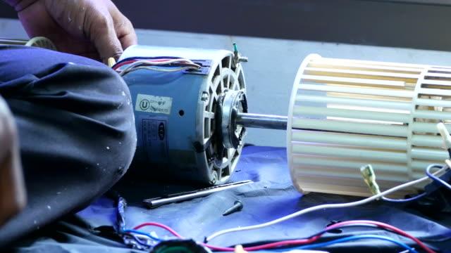repair air-conditioner - air conditioner stock videos & royalty-free footage