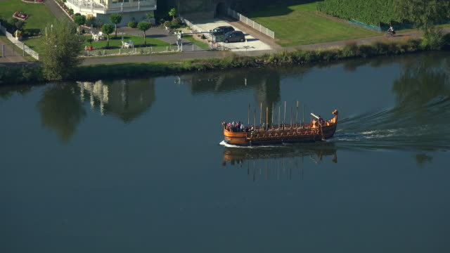 replica of an roman wine ship, moselle river near piesport, moselle valley, rhineland-palatinate, germany - viking stock videos and b-roll footage