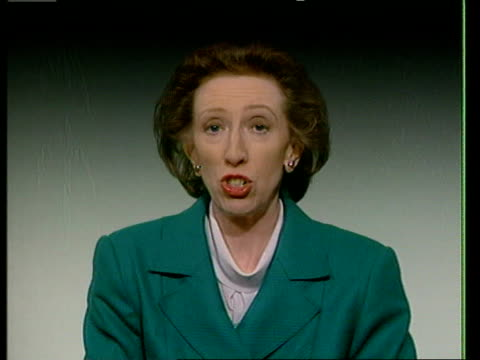 stockvideo's en b-roll-footage met itn cms margaret beckett mp intvwd sot people are voting on both domestic politics and for the future of europe/ the tories have failed at home and... - politics and government
