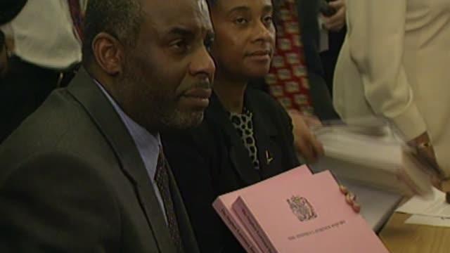 Report finds 'racial bias' in criminal justice system BSP240299022 / TX PHOTOGRAPHY*** Neville Lawrence and Doreen Lawrence with murder enquiry report