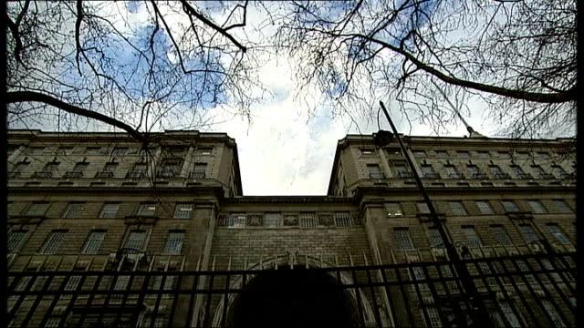 report into murder of pat finucane gvs exterior of mi5 - イギリス情報局保安部点の映像素材/bロール