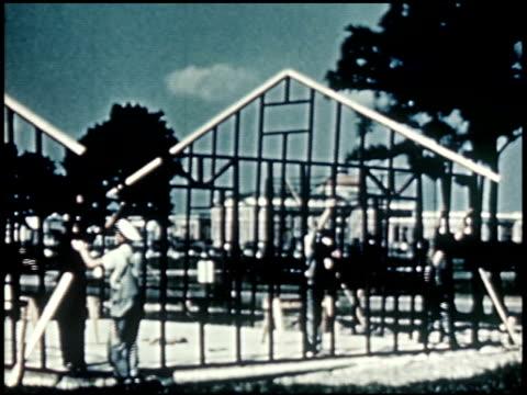 a report to home builders - 13 of 20 - この撮影のクリップをもっと見る 2312点の映像素材/bロール