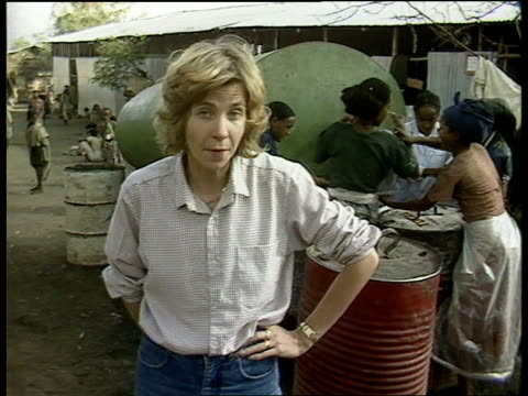 itn reporter joan thirkettle dies ethiopia cms joan thirkettle i/c sot starving people - dermot murnaghan stock-videos und b-roll-filmmaterial