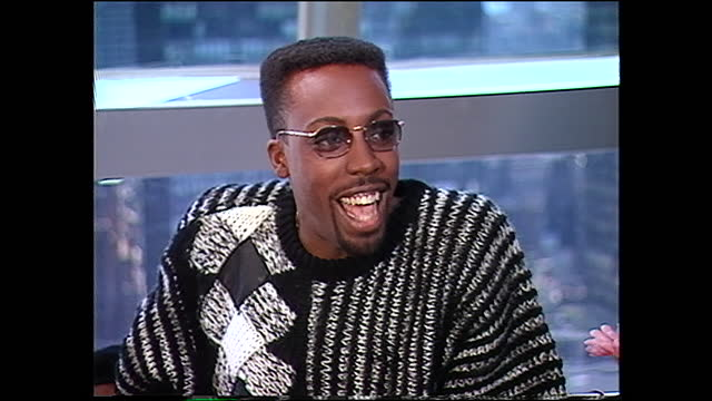 what about the barber? was that the guy you used to see? somebody you worked with? hall: oh yeah. the preacher was a combination of three different... - arsenio hall stock videos & royalty-free footage