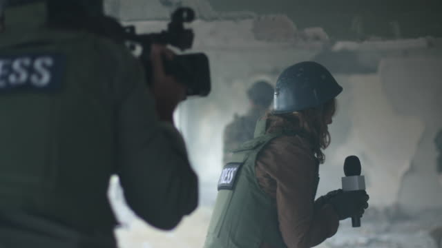 reporters without borders - journalist stock videos & royalty-free footage