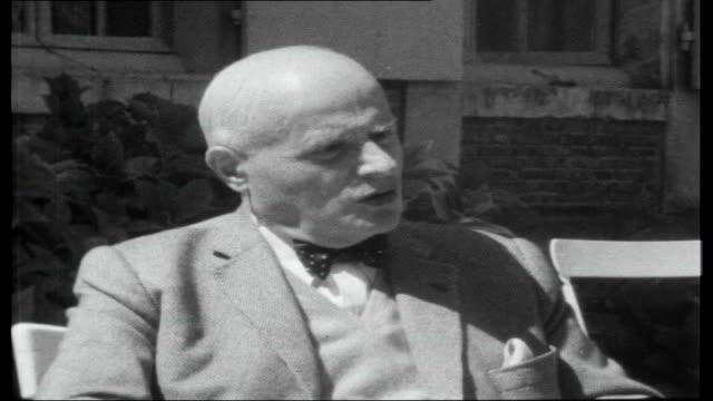 vídeos y material grabado en eventos de stock de de gaulle attempts devaluation of the pound rueff interview sot - devaluation