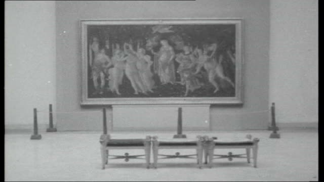 vidéos et rushes de italian floods florence art damage **music over following sequence** uffizi gallery int botticelli 'primavera' and 'venus' paintings on display in... - 1966