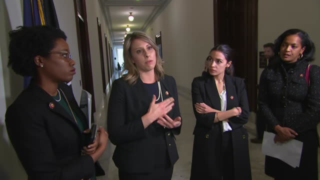 representative katie hill remarks that she is ready to talk about border security and immigration reform once the u.s. government is open on january... - hill点の映像素材/bロール