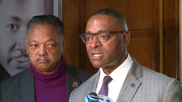 wgn representatives from facebook were at operation push headquarters in kenwood illinois to meet with rev jesse jackson cook county commissioner... - 犯罪点の映像素材/bロール