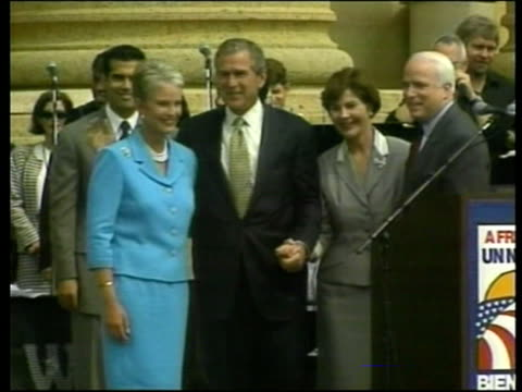 stockvideo's en b-roll-footage met republican convention/protests pool philadelphia george w bush towards from plane with wife laura lms george w bush wife laura down steps of plane... - george w. bush