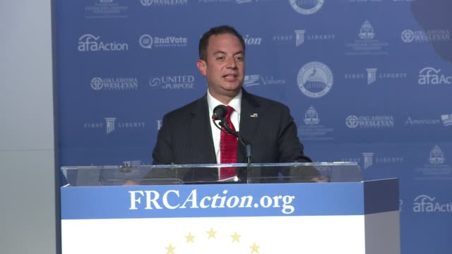 vídeos de stock e filmes b-roll de republican national committee chair reince priebus addresses value voters, the annual conference for conservatives put on by the family research... - presidente de empresa