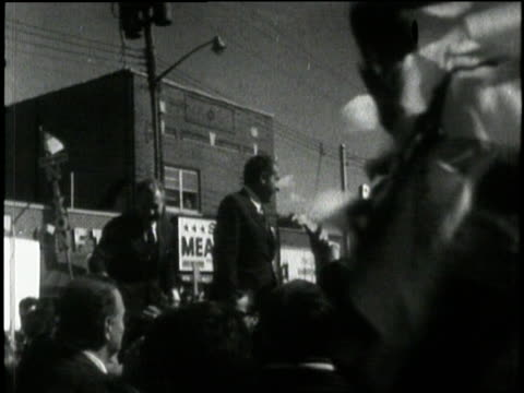us republican presidentelect richard m nixon waves to cheering crowds during a campaign stop in 1968 - 1968 stock videos & royalty-free footage