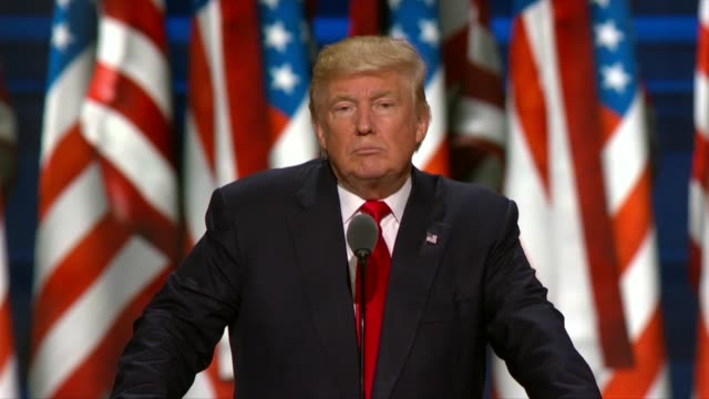 republican presidential candidate donald trump begins his acceptance speech at the convention telling delegates that attacks on police are attacks on... - partito repubblicano degli usa video stock e b–roll