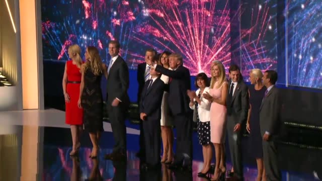 republican presidential candidate donald trump is joined on stage by his family vice presidential candidate mike pence and family for the traditional... - partito repubblicano degli usa video stock e b–roll