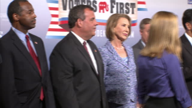 republican presidential contenders arrive in new hampshire for debate shows interior shots republican candidates jeb bush ben carson chris christie... - debatte stock-videos und b-roll-filmmaterial