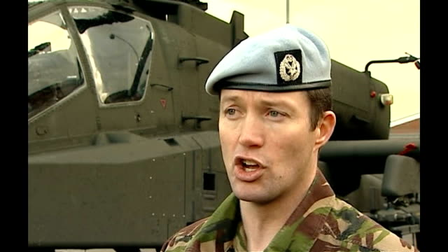 rescue mission by royal marines in attempt to save fallen comrade; major mike mcginty interview sot - explains emergency procedure used during the... - 英国海兵隊点の映像素材/bロール
